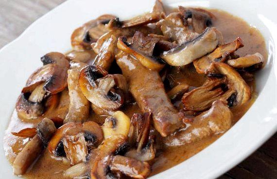 Бефстроганов из говядины с грибами рецепт классический пошагово