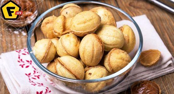 Как сделать орешки со сгущенкой в орешнице рецепт с пошагово