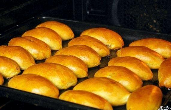 Пирожки на кефире в духовке пошаговый рецепт с