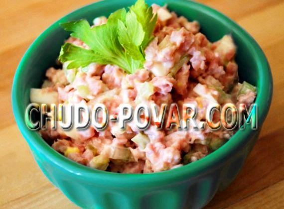 Картошка с тушенкой в кастрюле рецепт с фото пошагово