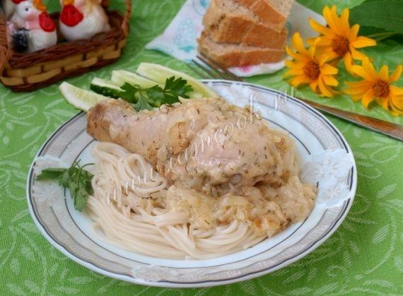 Курица в сметанном соусе на сковороде рецепт