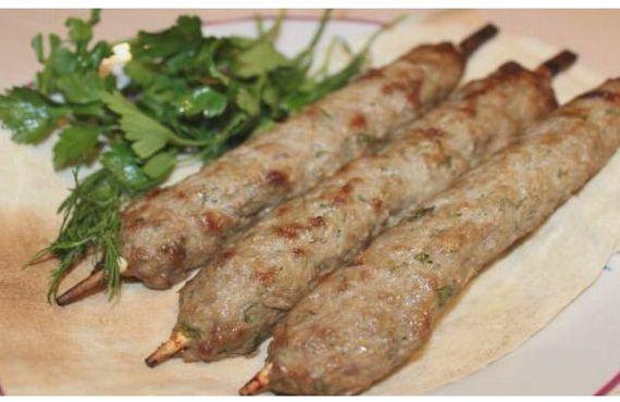 Люля кебаб рецепт на мангале из фарша свинины и говядины