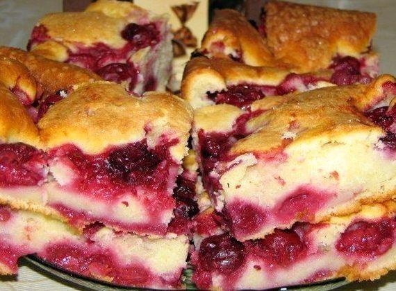 Пирог с замороженными ягодами рецепт с фото