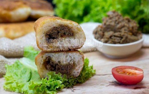 Пирожки с яйцом и зелёным луком жареные на сковороде рецепт с фото