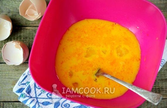 Рецепт омлета с молоком на сковороде пышный пошагово с фото