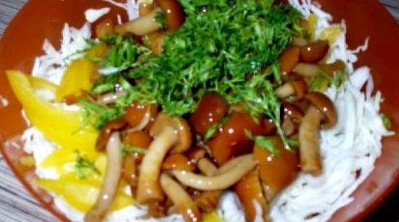 Салат лесная поляна рецепт с фото пошагово с опятами