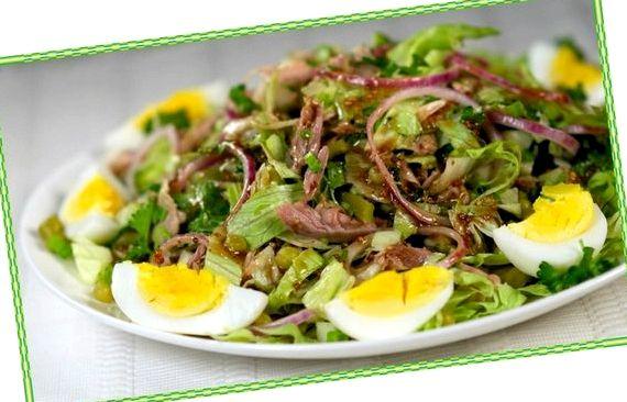 Салат с говядиной и маринованными огурцами рецепт