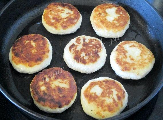 Сырники из творога рецепт с фото пошагово из манки