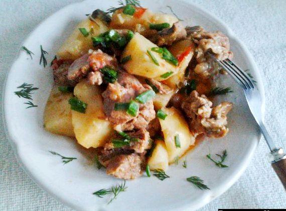 Тушёная картошка с мясом в кастрюле пошаговый рецепт